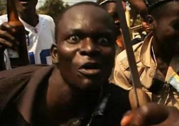 Afrikai menekült akart késelni a bicskei Tescóban!