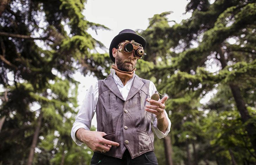 Steampunk-Victorian-Alice-in-Wonderland-Concepted-Wedding-Campaign__880