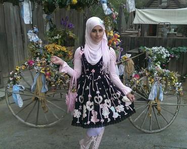 Íme a Muszlim Lolita stílus, mely egy Japán által inspirált új trend