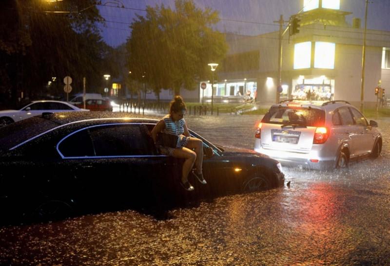 A 10 legdurvább fotó a tegnapi özönvízről