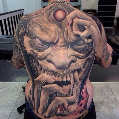 Tetoválások, amiket nem szívesen pillantanál meg félhomályban