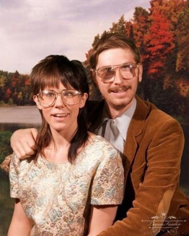 9 vállalhatatlan fotó párokról, akiknek fogalmuk sincs arról, mennyire bénák